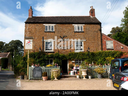 The Fox and Hounds pub, Knossington, Leicestershire, England, UK - Stock Photo