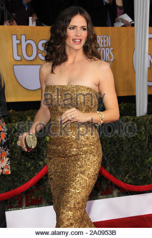 Los Angeles, CA - Jennifer Garner arrives at the 19th Annual Screen Actors Guild Awards at the Los Angeles Shrine Auditorium in Los Angeles. AKM-GSI January 27, 2013 - Stock Photo
