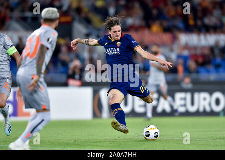 Roma, Italy. 19th Sep, 2019. Nicolo' Zaniolo of AS Roma during the UEFA Europa League match between AS Roma and Instanbul Basaksehir at Stadio Olimpico, Rome, Italy on 19 September 2019. Credit: Giuseppe Maffia/Alamy Live News - Stock Photo