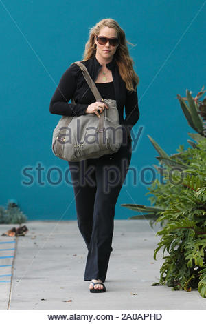 West Hollywood, CA - Elizabeth Berkley and her baby bump leaving daily workout at Winsor Pilates. AKM-GSI April 12, 2012 - Stock Photo