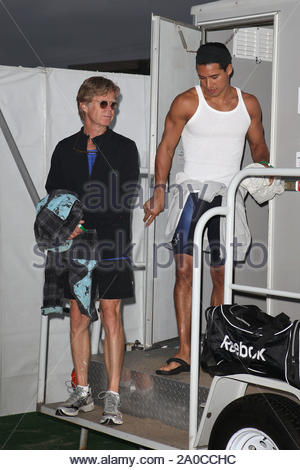 Malibu, CA - Hollywood celebrities put their designer bags and blackberries away, as they compete in the annual Malibu Triathlon. Among the participants pictured are Teri Hatcher, Mario Lopez, Jeremy Piven, William H. Macy, Jason Lee, Felicity Huffman, and David Hasselhoff. The Children's Hospital of Los Angeles is the winner today, as all proceeds and donations are given to the local charity. GSI Media September 13, 2009 - Stock Photo