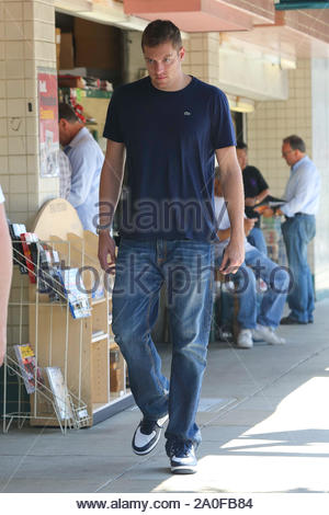 Beverly Hills, CA - American professional basketball player for the Golden State Warriors,David Lee , does a little bit of shopping on Rodeo Dr. AKM-GSI August 21 , 2012 - Stock Photo