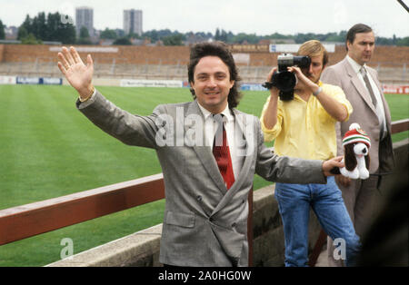 Millionaire entrepreneur and racehorse owner Terry Ramsden takes over Walsall FC 1986 - Stock Photo