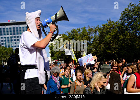 Brussels, Belgium. 20th September 2019.  Environmental activists take part in the Climate strike protest calling for action on climate change. Credit: ALEXANDROS MICHAILIDIS/Alamy Live News - Stock Photo