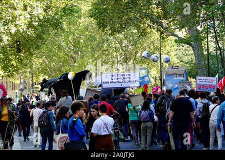 Paris, France. 20 September 2019. Global Climate Week demonstration taking place today in the 12th Arrondissement of Paris, with students, union members, and other worried citizens coming together to express their concern for the planet and the need to take seriously the climate emergency. - Stock Photo