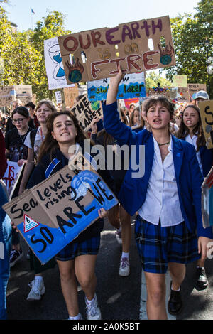 London, UK. 20th Sep, 2019. Thousands rallied in central London, including school children and workers, as part of a Global climate strike.David Rowe/Alamy Live News. - Stock Photo