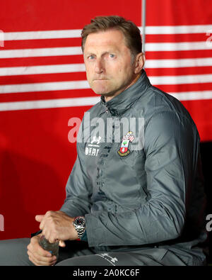 Southampton, UK. 20th Sep 2019. Southampton manager Ralph Hasenhuttl during the Premier League match between Southampton and Bournemouth at St Mary's Stadium, Southampton on Friday 20th September 2019. (Credit: Jon Bromley | MI News) Photograph may only be used for newspaper and/or magazine editorial purposes, license required for commercial use Credit: MI News & Sport /Alamy Live News - Stock Photo