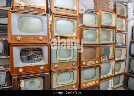 Trebus, Germany. 19th Sep, 2019. Old television sets from GDR times belong to an exhibition of the IFA friends Trebus. The former German state on a small scale exists in the Brandenburg province. The IFA friends in Trebus will be offering an authentic journey through time into everyday life in the GDR on 14,000 square metres of space. Visitors indulge in memories during guided tours. Credit: Patrick Pleul/dpa-Zentralbild/ZB/dpa/Alamy Live News - Stock Photo
