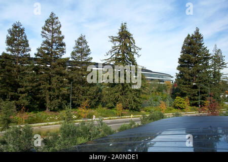 CUPERTINO, CALIFORNIA, UNITED STATES - NOV 26th, 2018: Aerial photo of Apple new campus building - Stock Photo