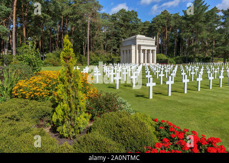 Marble crosses in the American Military Cemetery of the Military Cemeteries at Brookwood Cemetery, Pirbright, Woking, Surrey, southeast England, UK - Stock Photo
