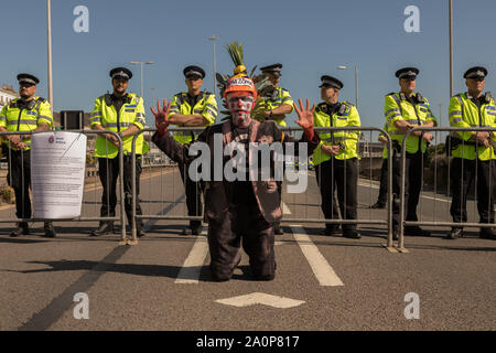 Port of Dover, Kent, UK. 21st Sep, 2019. Environmental group Extinction Rebellion supporters block roads around the Port of Dover. The Dover road block is to highlight the extreme vulnerability of the British people to food insecurity and underline the need for the Government to take emergency action on the climate and ecological crisis. Credit: Penelope Barritt/Alamy Live News - Stock Photo