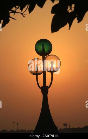 Lamapdaire. Abou Dhabi. Emirats Arabes Unis. / Night Bubbles. Emirate of Abu Dhabi. - Stock Photo