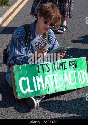 Dover, Kent, UK. 21st September 2019. Extinction Rebellion No Food on a Dying Planet Dover Port Blockade. XR states that this blockade is part of an ongoing series of protests intended to pressurise the British Government into taking action against possible eventual human extinction. Dover, crucial as a major port used for food imports, was chosen to show the vulnerability of the British people to food insecurity. Credit: Stephen Bell/Alamy - Stock Photo