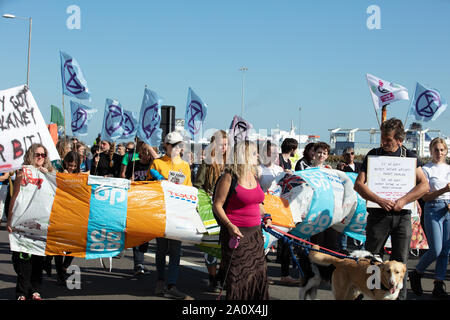 Dover, UK. 21st September 2019. Extinction Rebellion protest against the import of food in the UK, which has a high carbon footprint and can be grown in Britain itself near the port of Dover, causing traffic disruption on the roads in and around Dover. Credit: Joe Kuis / Alamy News - Stock Photo