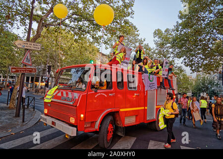 Paris, France. 21st Sep, 2019. Demonstration for climate, biodiversity, social justice and against repression, on September 21, 2019 in Paris, France. - Stock Photo