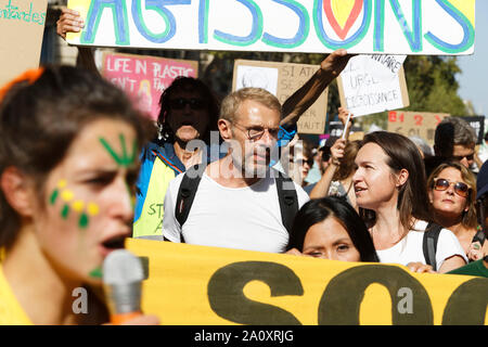 Paris, France. 21st Sep, 2019. Actor Lambert Wilson attends at the demonstration for climate, biodiversity, social justice and against repression. - Stock Photo