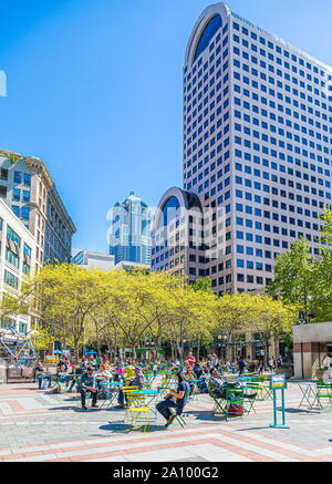 Washington Westlake Park In Downtown Seattle With Christmas Lights Stock Photo 66364251 Alamy