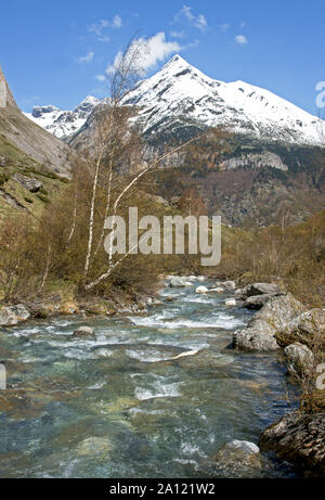 France. Hautes-Pyrenees.Mount Pimene 2801 m is at the start of the Gavarnie valley - Stock Photo