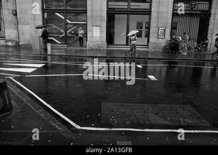An Edinburgh street in the rain - Stock Photo