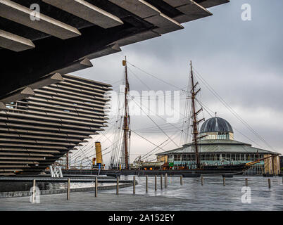 Discovery Point in Dundee is a visitor attraction which centres round Captain Scott of the Antarctic's ship RRS Discovery which was built in Dundee in - Stock Photo