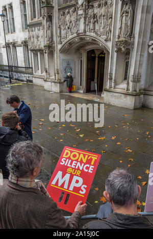 London, UK. 24th Sep 2019. - The supreme court, in Parliament Square, decides against Prime Minister Boris Johnson's decision to suspend parliament. Credit: Guy Bell/Alamy Live News - Stock Photo