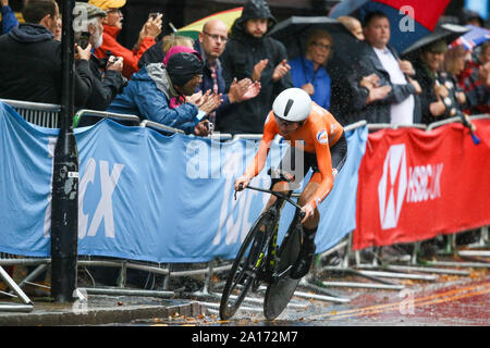 Harrogate, UK. 24th September 2019. Annemiek Van Vleuten   of the Nethlerlands crosses the line to take Bronze in the 2019 UCI Road World Championships Womens Elite Individual Time Trial. September 24, 2019 Credit Dan-Cooke/Alamy Live News - Stock Photo