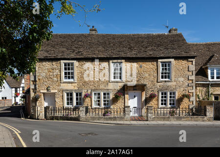 Traditional stone built cottages in Canon Square, Melksham, Wiltshire UK - Stock Photo