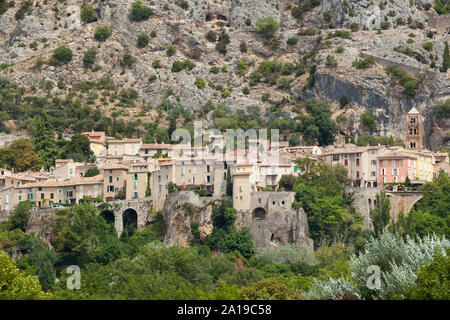 The village Moustiers St. Marie, Provence, Provence-Alpes-Côte d'Azur, Southern France, France, Europe - Stock Photo