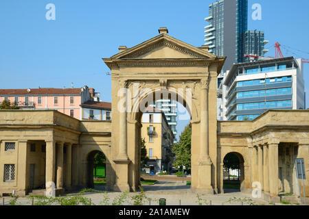 Italy, Lombardy, Milan, Piazzale Principessa Clotilde Sqaure, Porta Nuova Historic Gate by Giuseppe Zanoia Architect dated 1810 - Stock Photo