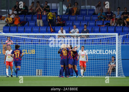Barcelona, Spain. 25th Sep, 2019. SANT JOAN DESPI, SPAIN - SEPTEMBER 25: Players of Barcelona FC celebrate Stephanie van der Gragt's goal in the first half during the UEFA Women's Champions League Round 32 match between FC Barcelona and Juventus FC at Johan Cruyff Stadium, on September 25, 2019 in Barcelona, Spain. (Photo by Daniela Porcelli/SPP) Credit: Sport Press Photo/Alamy Live News - Stock Photo