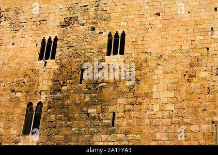 Romanesque house in the town of Tarragona - Stock Photo