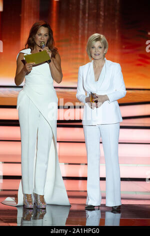 Hanover, Deutschland. 14th Sep, 2019. Andrea BERG, Germany, singer, musician, pop singer, in conversation with Carmen NEBEL, Germany, presenter, welcome to Carmen Nebel, donation gala in favor of the German Cancer Aid, ZDF show on 14.09.2019 from the Tui Arena Hannover, Â   usage worldwide Credit: dpa/Alamy Live News - Stock Photo