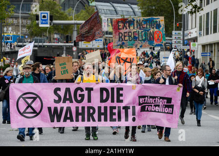 GERMANY, Hamburg city, Fridays for future, All for Climate rally with 70.000 protesters for climate protection , block of extinction rebellion movement, banner says Say the truth! with symbol sand clock / DEUTSCHLAND, Hamburg, Jungfernstieg und Binnenalster, Fridays-for future Bewegung, Alle fürs Klima Demo fuer Klimaschutz, Block der extinction rebellion Bewegung mit dem Symbol der ablaufenden Sanduhr, 20.9.2019 - Stock Photo