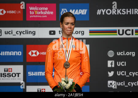 Harrogate, UK. 27th September 2019. Lieke Nooijen of the Netherlands takes Bronze in the 2019 UCI Road World Championships Womens Junior Road Race. September 27, 2019 Credit Dan-Cooke/Alamy Live News - Stock Photo