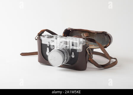 35mm Leica M3 rangefinder camera, dating from 1957. This camera was the choice of photojournalists worldwide for decades. - Stock Photo