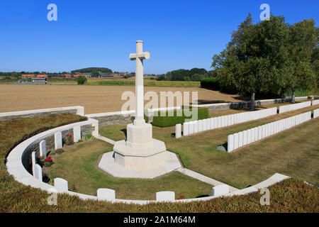 The Locre Hospice Cemetery (1917) with the graves of 260 British and Commonwealth soldiers from World War I and II in Loker, Belgium - Stock Photo
