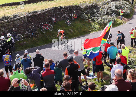 Harrogate, UK. 28th Sep, 2019. HARROGATE, 29-09-2019, cycling, wk wielrennen, worldchampionships, women, Annemiek van Vleuten attacks early Credit: Pro Shots/Alamy Live News - Stock Photo