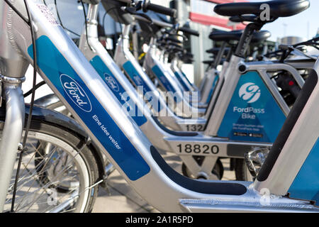 FordPass bikes. FordPass bikesharing is a member of the Call a Bike family, a dockless bike hire system run by Deutsche Bahn (DB). - Stock Photo
