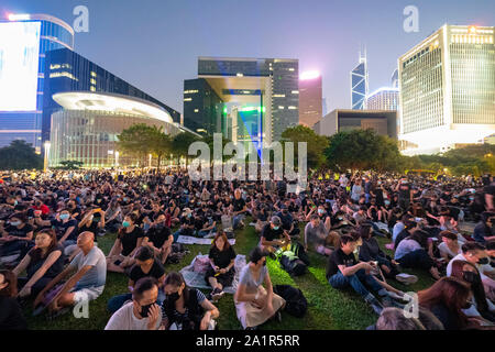 Central, Hong Kong. 28th Sep, 2019. Rally by thousands of pro-democracy supporters at Central Government offices at Tamar Park to mark the 5th anniversary of the start of the Umbrella Movement. Credit: Iain Masterton/Alamy Live News - Stock Photo
