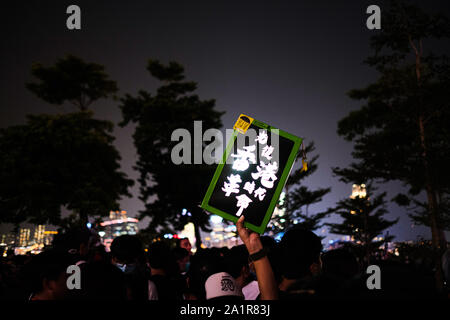 Hong Kong, China. 28th Sep, 2019. Demonstrators gather at Tamar Park during the 5th anniversary of the 2014 Umbrella Movement, Hong Kong. Thousands of Hong Kong people gathered on September 28 to mark the fifth anniversary of the 'Umbrella Movement' Credit: Keith Tsuji/ZUMA Wire/Alamy Live News - Stock Photo