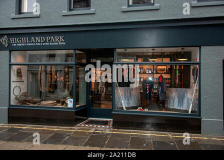 The Highland Park Scottish Malt Whisky Shop Albert Street Kirkwall Mainland Scotland United Kingdom exterior view black painted double fronted retail - Stock Photo