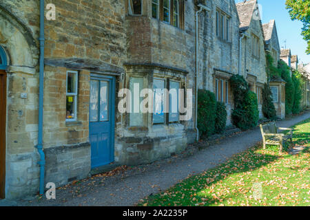 BURFORD, UK - SEPTEMBER 21, 2019: Burford, a small medieval town on the River Windrush located 18 miles west of Oxford in Oxfordshire, is often referr - Stock Photo
