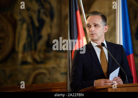Prague, Czech Republic. 30th Sep, 2019. Heiko Maas (SPD), Foreign Minister, will speak to the journalists present after joint talks with his Czech counterpart during a press conference. Credit: Gregor Fischer/dpa/Alamy Live News - Stock Photo