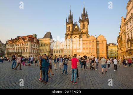 PRAGUE, CZECH REPUBLIC - APRIL 21, 2018: April sunny evening on Old Town Square. - Stock Photo