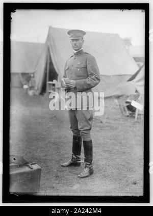 PLATTSBURG RESERVE OFFICERS TRAINING CAMP. U.S. ARMY OFFICER - Stock Photo