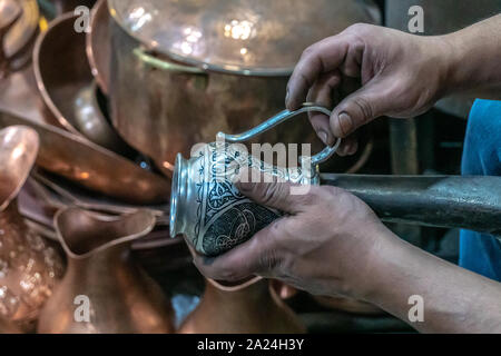 Coppersmith Bazaar in Gaziantep southeast Turkey - tradition for hundreds of years - Stock Photo