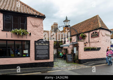 The City Arms, Wells, Somerset - A Grade II Listed 17th century building, England, UK - Stock Photo