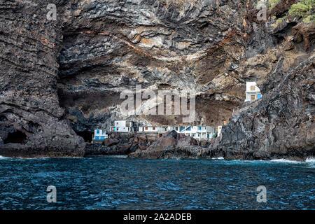 Fishermens homes at the hidden smugglers bay near Tijarafe, La Palma, Canary Islands, Spain, Europe.  Settlement in a cave, Poris de Candelaria, Cueva - Stock Photo