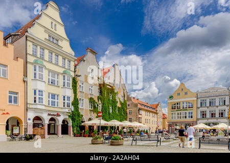 Olsztyn (ger.: Allenstein), Warmian-mazurian province, Poland. Historic dwelling houses on the Old Town Marketplace. - Stock Photo