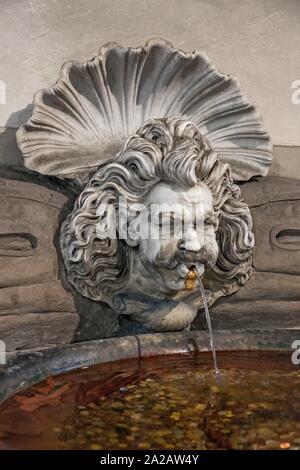 Architectural detail of a fountain in the Palazzo Vecchio designed by the architect Michelozzo, Centro Storico, Firenze, Tuscany, Italy. - Stock Photo